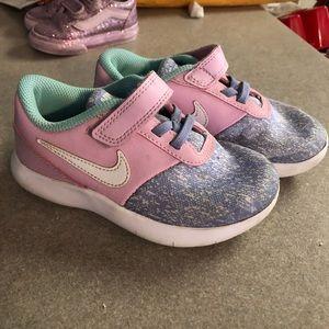 Toddler girls Nike shoes